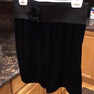 Laundry black velvet skirt with stretch waist